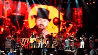 Zac Brown Band with The Doobie Brothers - Black Water (6/27/2014 at Fenway Park)