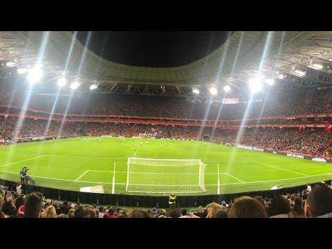 Athletic Bilbao 0 - 2 Atlético de Madrid. Copa de la Reina. 48121 espectadores Récord asitencia