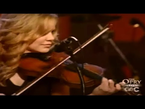 Alison Krauss & Union Station – Sawing on the Strings [ Live | 2007 ]