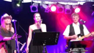 Rose Garden (Lynn Anderson Cover) – Live