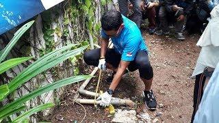 Sosialisasikan Penutupan Air Tanah, Sandiaga Uno Potong Pipa Air Di Rumah Dinasnya