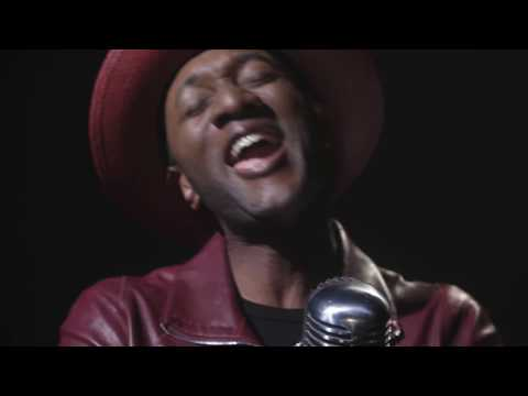 Aloe Blacc -  I Count On Me