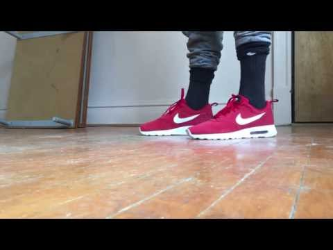 Unboxing Nike Air Max Tavas Red