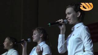 Как киришане отметили 100-летие ВЛКСМ. Концерт в Школе искусств.