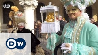Elaborate costumes at Venice Carnival | Euromaxx
