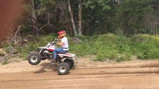 How To Wheelie Yamaha Banshee Free Video Search Site Findclip