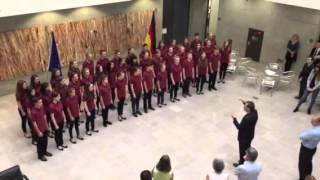 Philharmonischer Kinderchor Dresden singt das japanisches Volkslied