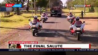 Military officers ferry the body of Former President Daniel Moi to his Kabarak grounds