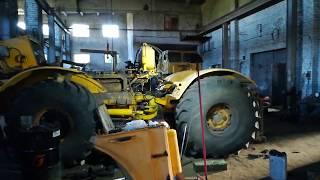 Трактор Кировец. К-701, ремонт задней полурамы в процессе.