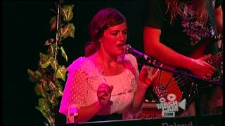 Angus & Julia Stone - A Book Like This (Live in Sydney) | Moshcam