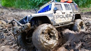 Police Monster CAR in the Mud RC MUD Off Road