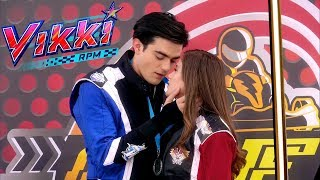[Chamada] Vikki RPM   Episódio 33 | Nickelodeon Brasil (011117)