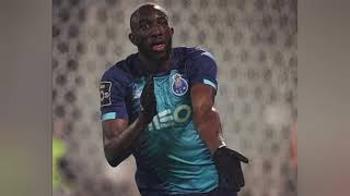 """""""Vous êtes une honte !"""" : le footballeur Moussa Marega quitte le terrain, victime de racisme. 😣"""