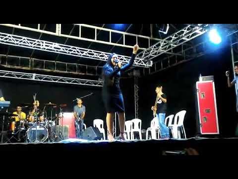 Aniversário de Amapá do Maranhão - pré show (cantora Myrlla Lopes) - água da vida / forró gospel