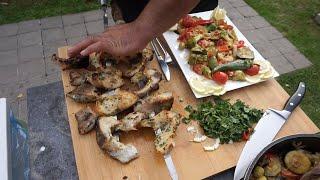 Приготовление вкусной рыбы карп на мангале с овощным гарниром.Рецепт от Жоржа