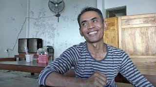 Kisah Sukses Sumanto, Pemilik Warung Tengkleng Rica 'Pak Manto' Solo, Sehari Bisa Habis 20 Kambing!