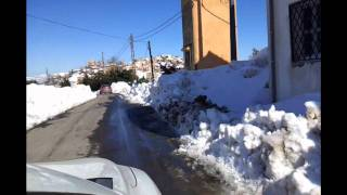preview picture of video 'Ait Ali Ouharzoune sous la neige février 2012'