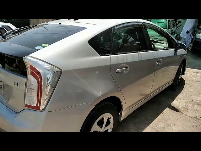 Toyota Prius S LED Edition 1.8 2012 for Sale in Bahawalpur
