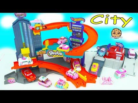 Shopkins Cutie Cars + Disney Car Lightning McQueen Race Around Hot Wheels City Track