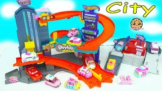 Shopkins Cutie Cars + Disney Car Lightning McQueen Race Around Hot Wheels City Track