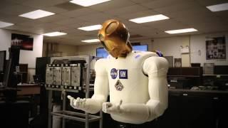 """Robots"" Official Trailer"