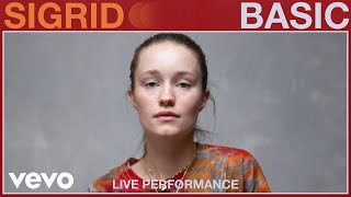 Sigrid - Basic (Live Performance) | Vevo