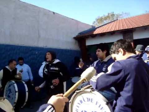 """batu-kada de la 22 ...GIMNASIA LP"" Barra: La Banda de Fierro 22 • Club: Gimnasia y Esgrima"