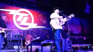 Tracy Lawrence   Is That A Tear → As Any Fool Can See (Houston 12.11.15) HD