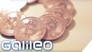 Fu?ballspieler, der in Bitcoin bezahlt wird
