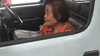 Dua Angkot Tabrakan Beruntun, Seorang Ibu Alami Benjol di Kepala Usai 2 Kali Terbentur Dasbor Mobil
