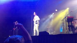 Walking Target-Fitz and the Tantrums @ Aragon Ballroom 12-03-2016 Chicago