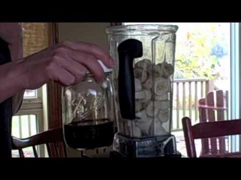 Video healthy 1-minute ice cream (Vitamix or food processor)