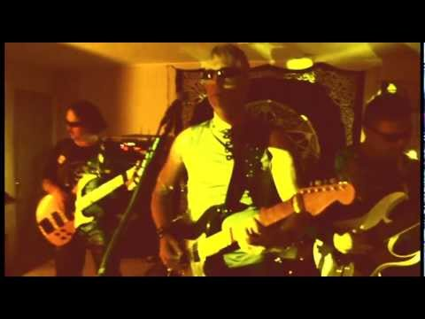 Iron Diplomat - Everyone's a Suicide (video)