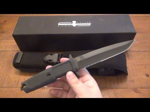 "Knife Review : Extrema Ratio ""Col Moschin"" (Italian Military Issued Fixed Blade)"