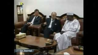 preview picture of video 'Arrivé de Laurent Fabius à N'Djamena'