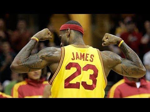 5 Plays That Prove LeBron James Isn't Human