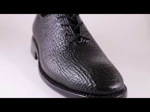 45447f7b9f elegantes zapatos exoticos piel de tiburon goodyear welt. Cargando zoom.