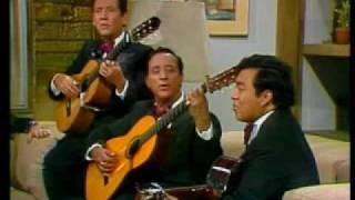 "Video thumbnail of ""Los Panchos - Si Tu Me Dices Ven (Lodo)"""