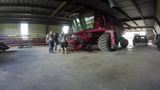 Removing the Feederhouse from Case IH 2388