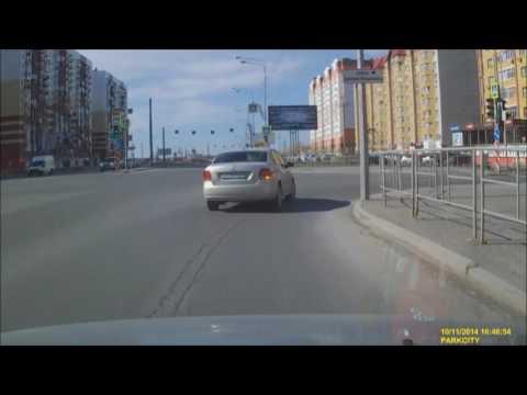 Не соблюдение дистанции при движении привело к ДТП на перекрёстке