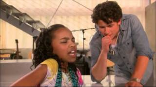 China Anne McClain 'Keep It Real(Cover)' (Episode Clip) [The Secret]