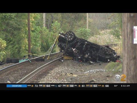 2 Teens Killed, 1 Hurt In Pearl River Crash