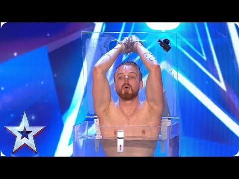 Pontus Lindman attempts world's most DANGEROUS card trick | Auditions | BGMT 2019 (видео)