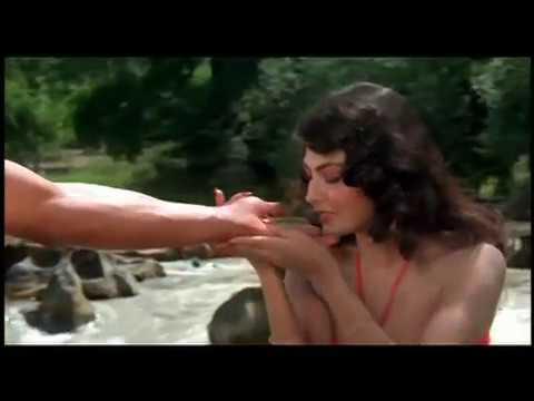 Hemant Birje & Kimi Katkar Sensational | Tarzan Hindi Movie | Best Romantic Scene