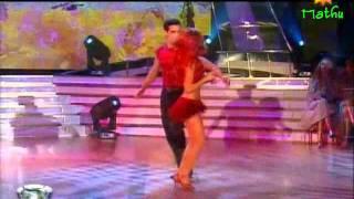 emilia attias bailando cha cha (el cha cha de chelo).