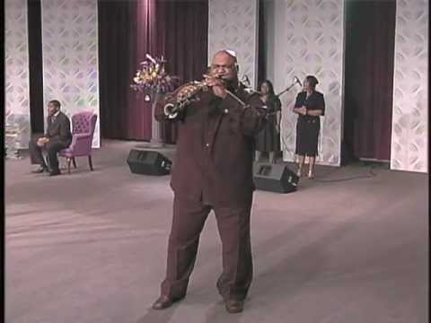 """Darron McKinney - (Praise Is What I Do) by """"William Murphy""""  Live - cover"""