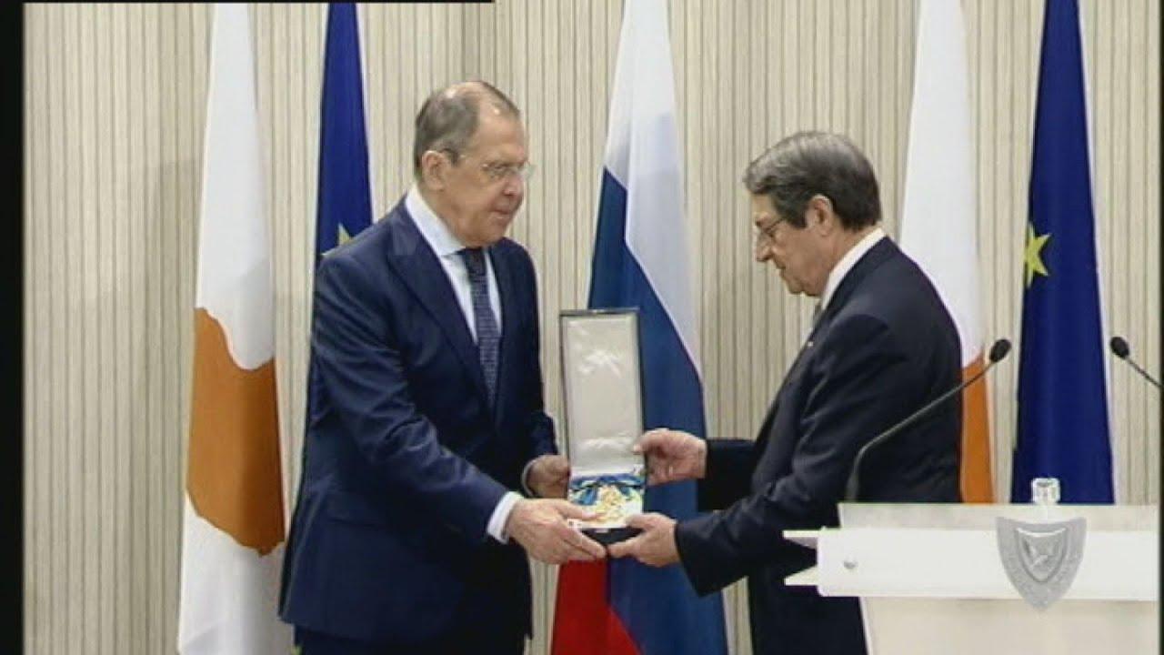 Ο Πρόεδρος τίμησε τον Ρώσο ΥΠΕΞ για τη συμβολή του στην ανάπτυξη των σχέσεων των δύο χωρών