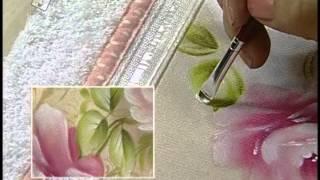 Pintando lindas toalhas de rosto