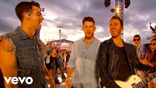 "Jonas Brothers   ""Sucker""  ""Only Human"" (Live On The 2019 MTV VMA's)"