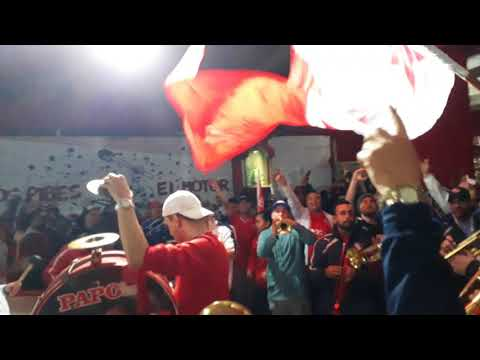 """""""Previa de la hinchada de independiente vs atlético de Tucumán"""" Barra: La Barra del Rojo • Club: Independiente"""
